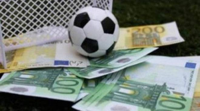 Calcioscommesse: fermati presidenti, dirigenti e calciatori