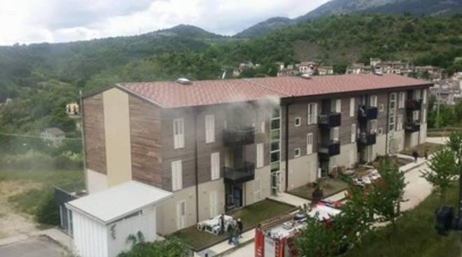 Camarda, Progetto case: in fiamme un alloggio