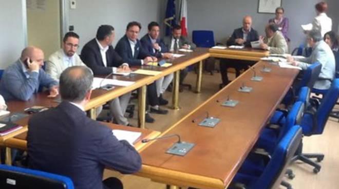 Fi e Abruzzo Futuro: «Ok ai Dmc, ma colpisce la latitanza del Pd»