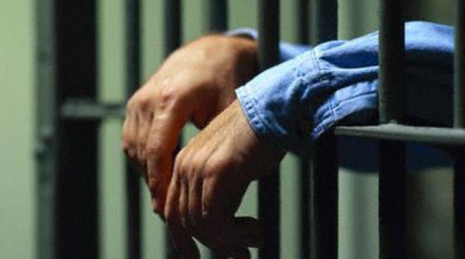 Garante dei detenuti, Grifoni in sciopero della fame
