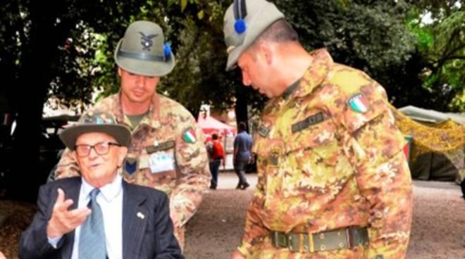 L'alpino 93enne Valentino Di Franco torna 'a casa'
