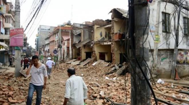 Nuova scossa di terremoto in Nepal