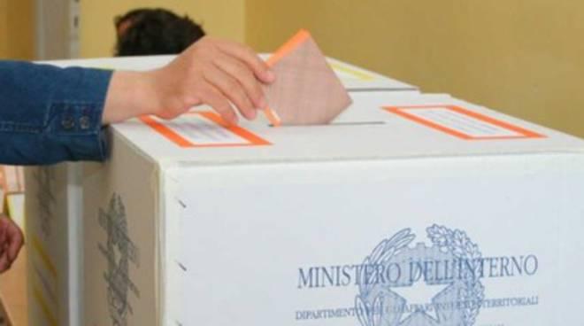 Oggi, Comunali: Si vota in 62 Comuni, la carica dei 152 candidati sindaco
