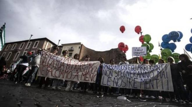 Protesta scuola, picco di adesioni nella Marsica