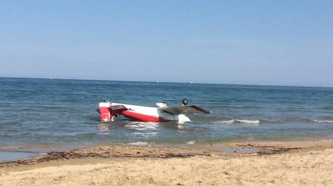 Tortoreto, scontro tra due aerei della pattuglia acrobatica, morto un pilota