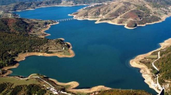 Viaggio nella riserva del lago di Campotosto