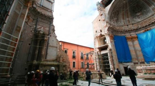 Cialente: «L'Aquila ricostruita nel 2021»