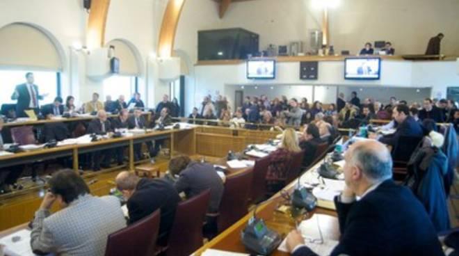 Consiglio Abruzzo, seduta rinviata «in via eccezionale»
