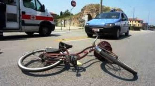 Disavventura in bici per il titolare di 'Barone Rosso'