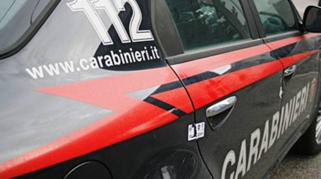 Furti: cittadini allertano carabinieri, 4 arresti nell'Aquilano