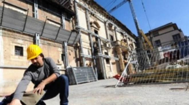 Gli uffici della Ricostruzione privata chiudono di lunedì