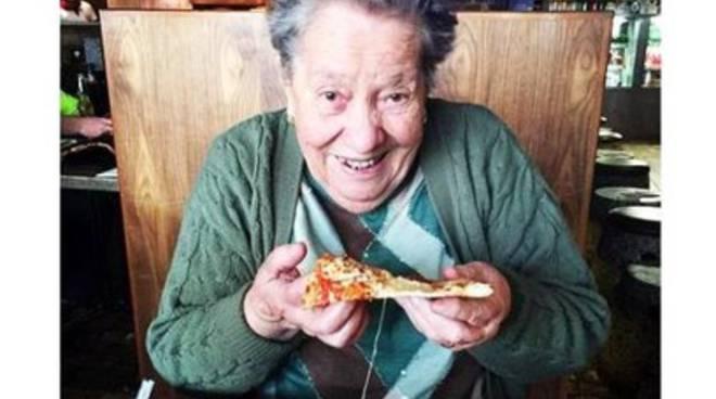 Nonnina abruzzese conquista il web