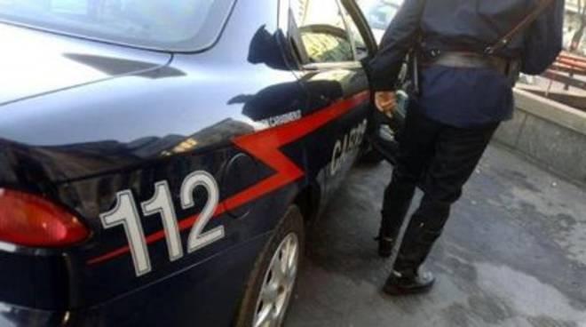 Perdono alle slot, vogliono rimborso e insultano carabinieri