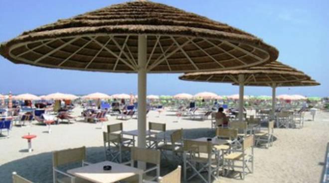 Pescara, primi 'impicci' con la legge per gli stabilimento balneari