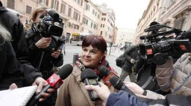 Pezzopane: «Ateneo L'Aquila in pericolo»