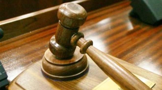 Asta casa imprenditore, giudice sospende procedimento per 2 anni