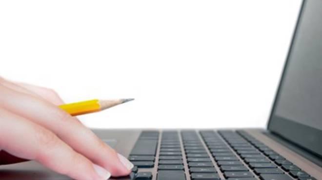 Celano, corsi di informatica e inglese per i giovani