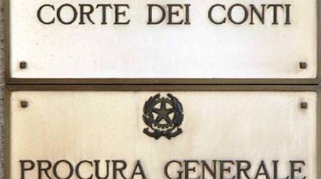 Corte dei Conti: «In attesa che l'Ente ponga rimedio al disastro»