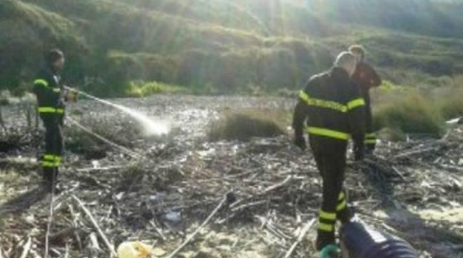 Discarica a fuoco nel Chietino, analisi non allarmanti
