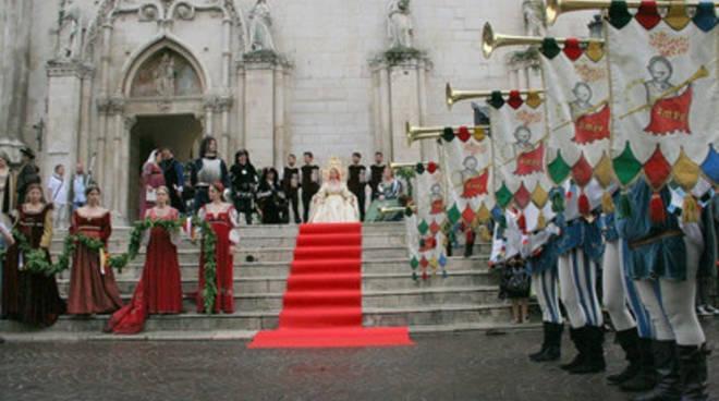 Giostra cavalleresca Sulmona, la Fico sarà Regina D'Aragona