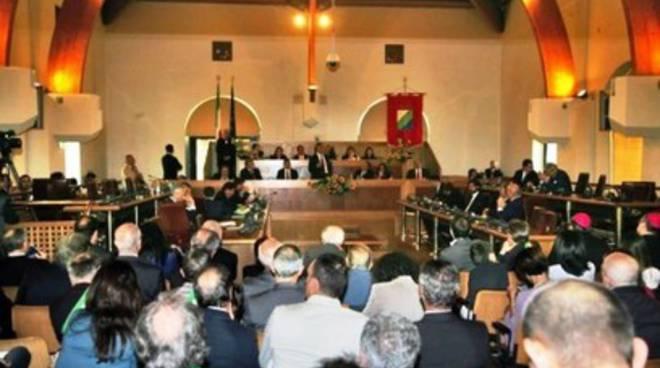 «Il Consiglio regionale non verrà sciolto»