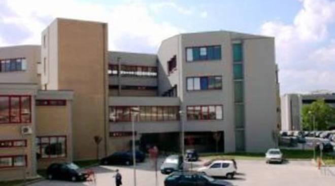 L'Aquila ferita al cuore dal Pd: 'ridotta' la sua Università