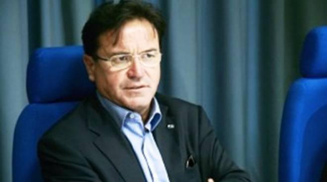 Nomine ad Abruzzo Sviluppo: «Maxi-pasticcio di D'Alfonso»