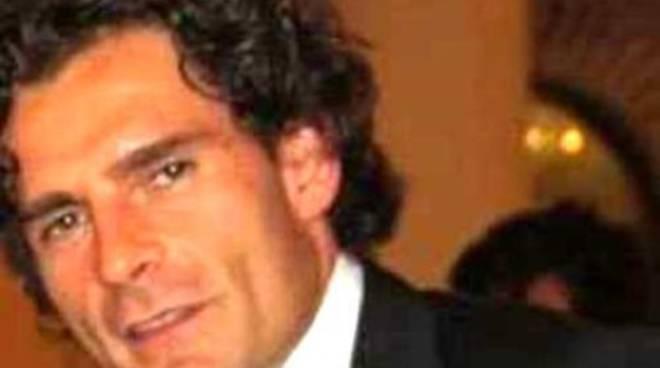 Piccinini contro Cialente: «Si vergogni»