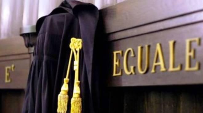 Si avvicina alla ex nonostante il divieto, arrestato 22enne