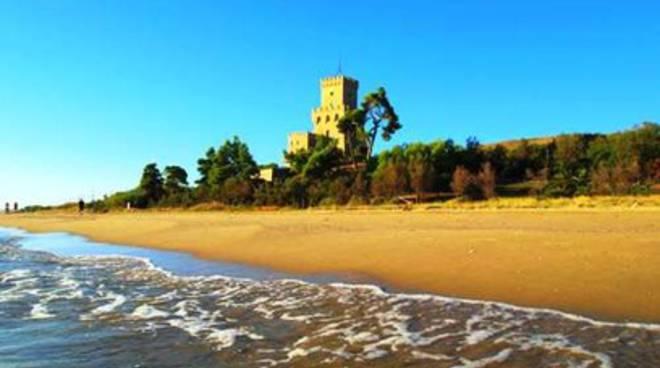 Torre del Cerrano, cadavere in acqua