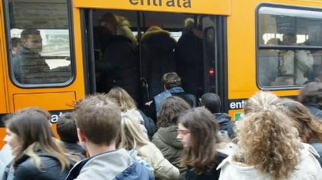Trasporto scolastico: si può fare domanda a L'Aquila