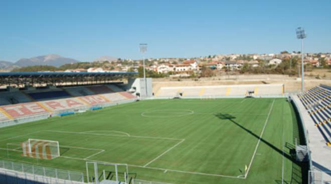Calcioscommesse: Teramo e Savona in serie D