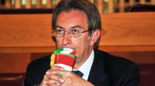 Crisi politica a L'Aquila, Cialente non arretra di un passo