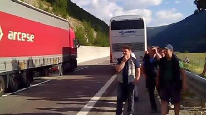 Il Bus non va: passeggeri fermi a Tornimparte
