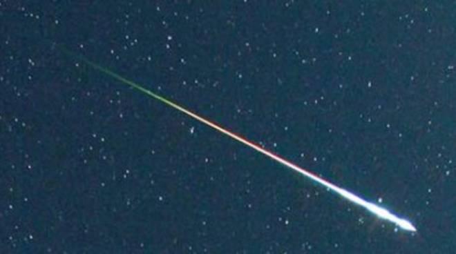 Jovanotti direbbe: 'Vedo stelle che cadono nella notte dei desideri'