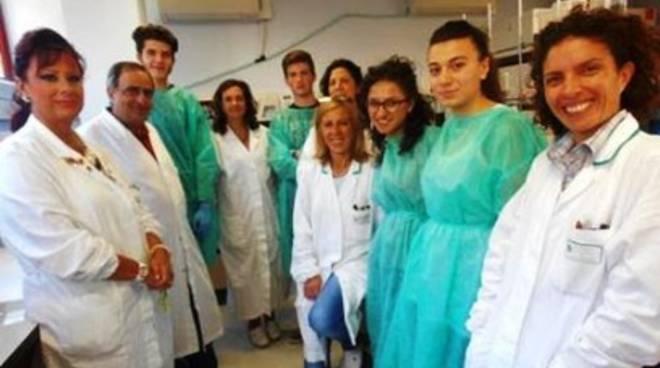 L'Aquila: 4 liceali nel laboratorio del San Salvatore