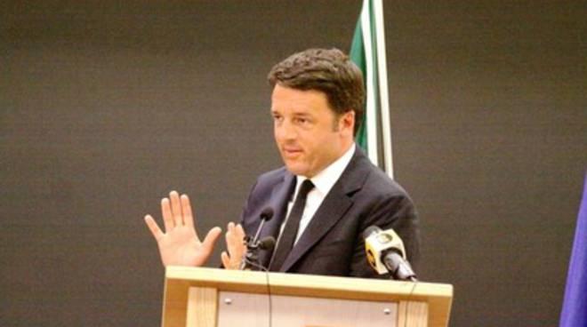 Renzi contestato dà la colpa ai tifosi teramani