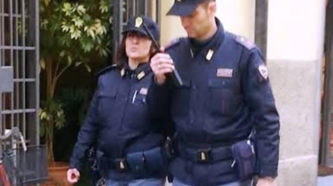 Vandali a L'Aq: «Se ci fosse stato il poliziotto di quartiere?»