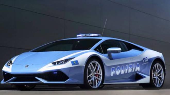 Lamborghini Huracan Polizia a L'Aquila
