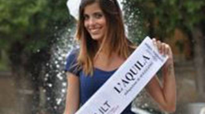 'Miss Lilt L'Aquila' spedisce 20mila cartoline contro il tumore