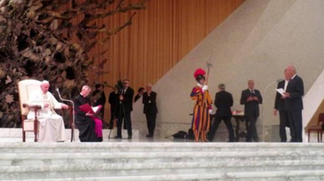 Papa Francesco ai soci Bcc Roma: 'Fate crescere l'economia dell'onestà'