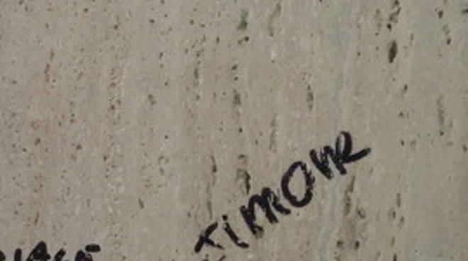 Portici imbrattati, i vandali sono due minorenni