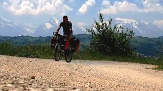 Viaggio in bicicletta nell'Abruzzo abbandonato