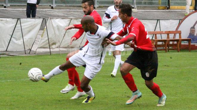 L'Aquila Calcio vs Savona - De Sousa