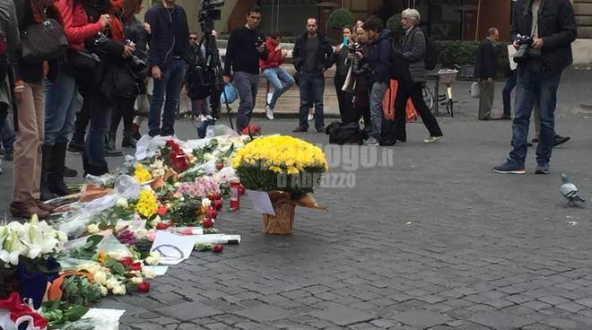 Ambasciata francese a Romo dopo attentati Parigi
