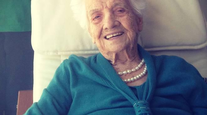Auguri a nonna Maria, castellana centenaria