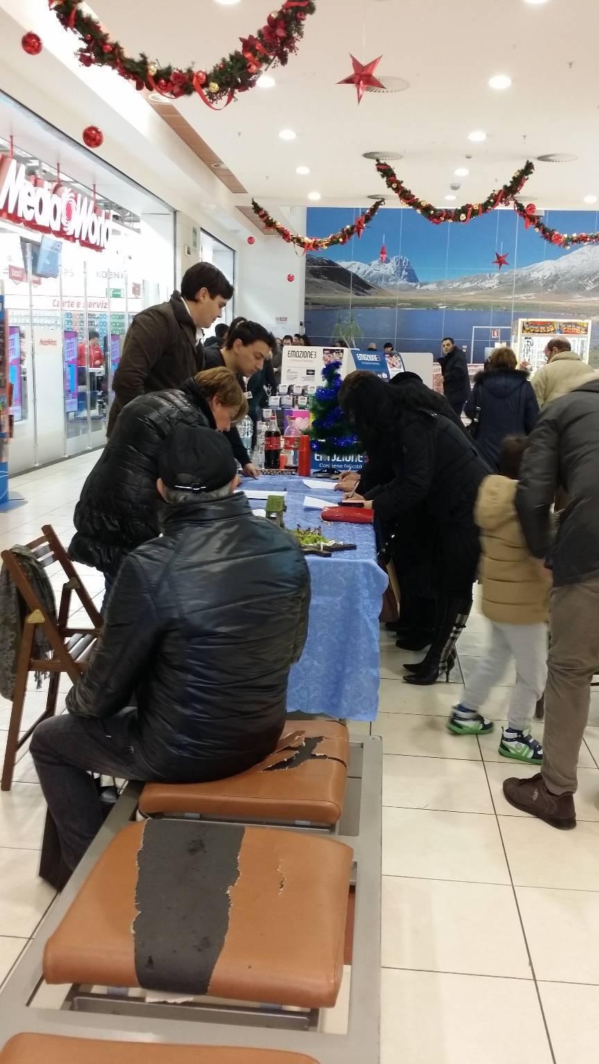 #DifendiAmoLAq, 829 firme per un crocifisso in Comune
