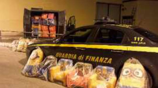 L'Aquila, GdF sequestra pupazzi contraffatti