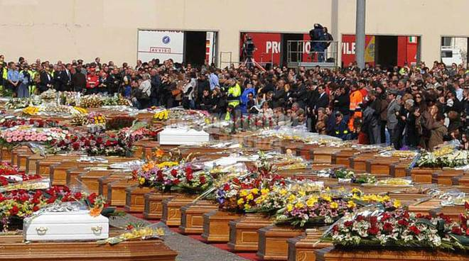 funerali di stato terremoto