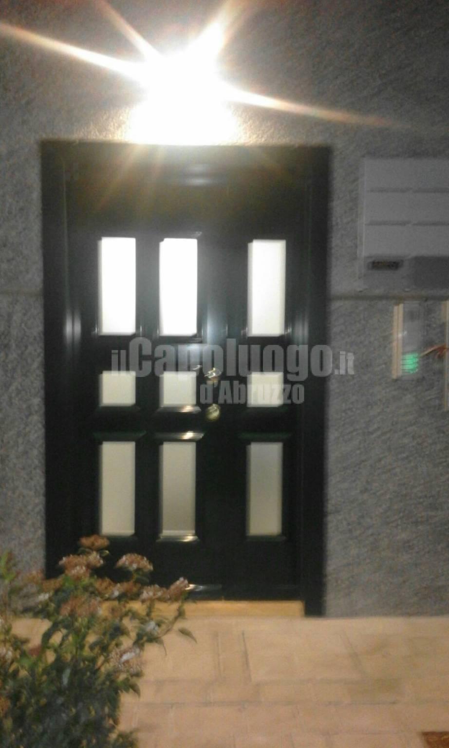 L'Aquila, suicidio in ufficio a Bazzano